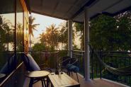 pool_view_balcony